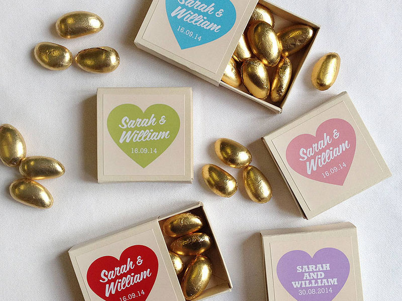 Top 5 what door gift to prepare for your wedding guests chocolates negle Images