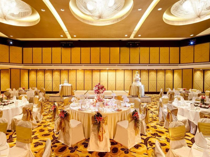 big-hall-wedding-place