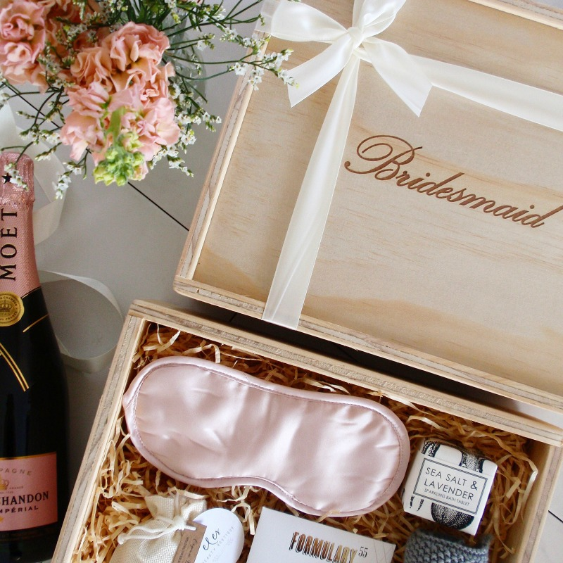 bridesmaid gift box bridesmaid proposal idea