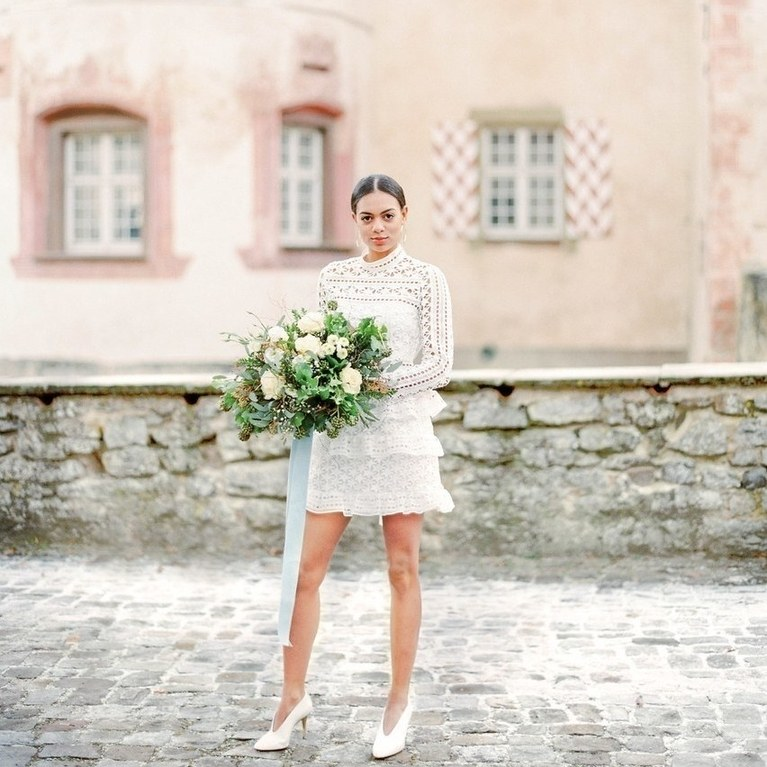 tips on finding an ideal pair of wedding shoes