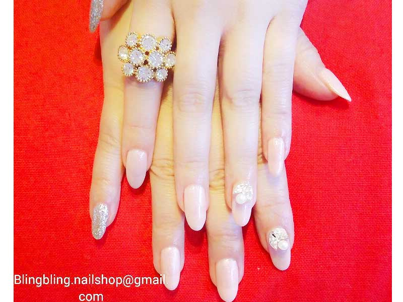 Let your nails shine and bling to the aisle our wedding journal after your big day do spend some quality time for yourself and enjoy a session or two of bling bling nails spa manicure and pedicure solutioingenieria Gallery
