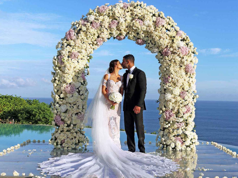 Destination Weddings Are Becoming Trendy These Days Especially For S Who Want To Have A Memorable And Unique Wedding Experience