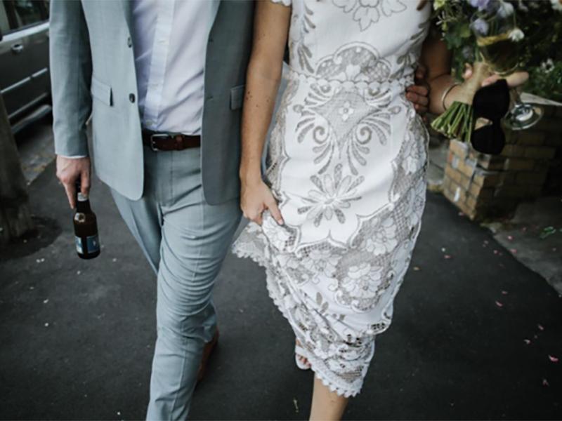 Outdoor-Wedding-Dress 03