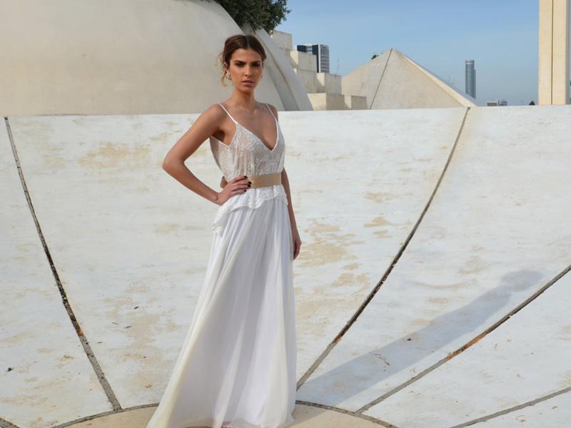 Outdoor-Wedding-Dress 01