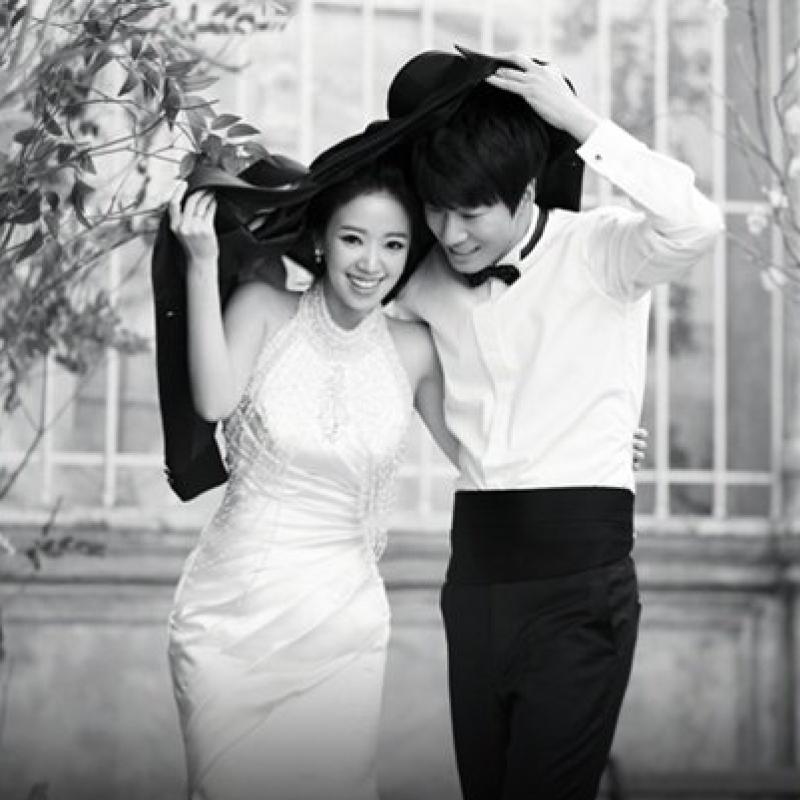 Jeon Hye Jin and Lee Chun Hee