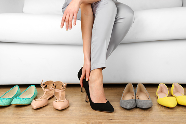 tips on choosing your wedding shoes practice at home